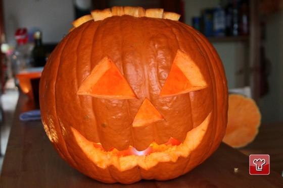 Come Fare Una Zucca Di Halloween Vera.Come Intagliare La Zucca Di Halloween Ricettepercucinare Com